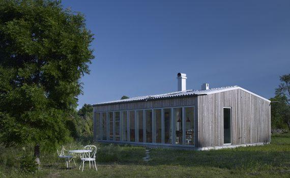 dom-bez-pozwolenia-na-budowe_154