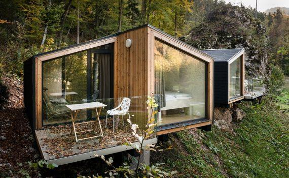 dom letniskowy ca oroczny dom bez pozwolenia na budowe. Black Bedroom Furniture Sets. Home Design Ideas