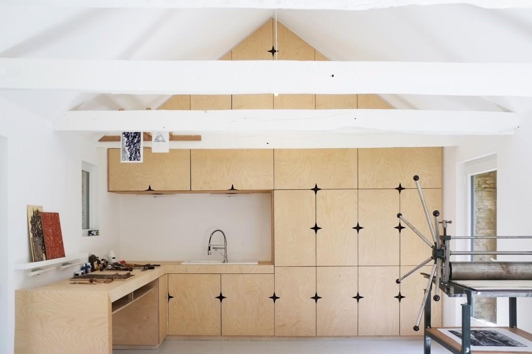 mały domw kształcie stodoły_1