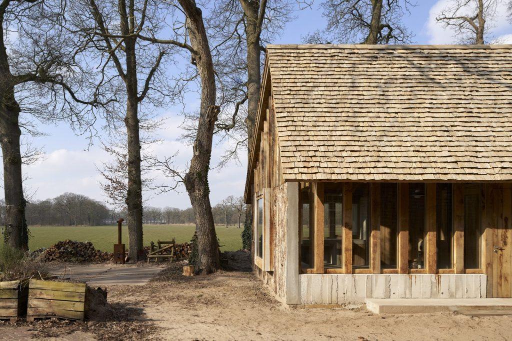 dom drewno i beton_2