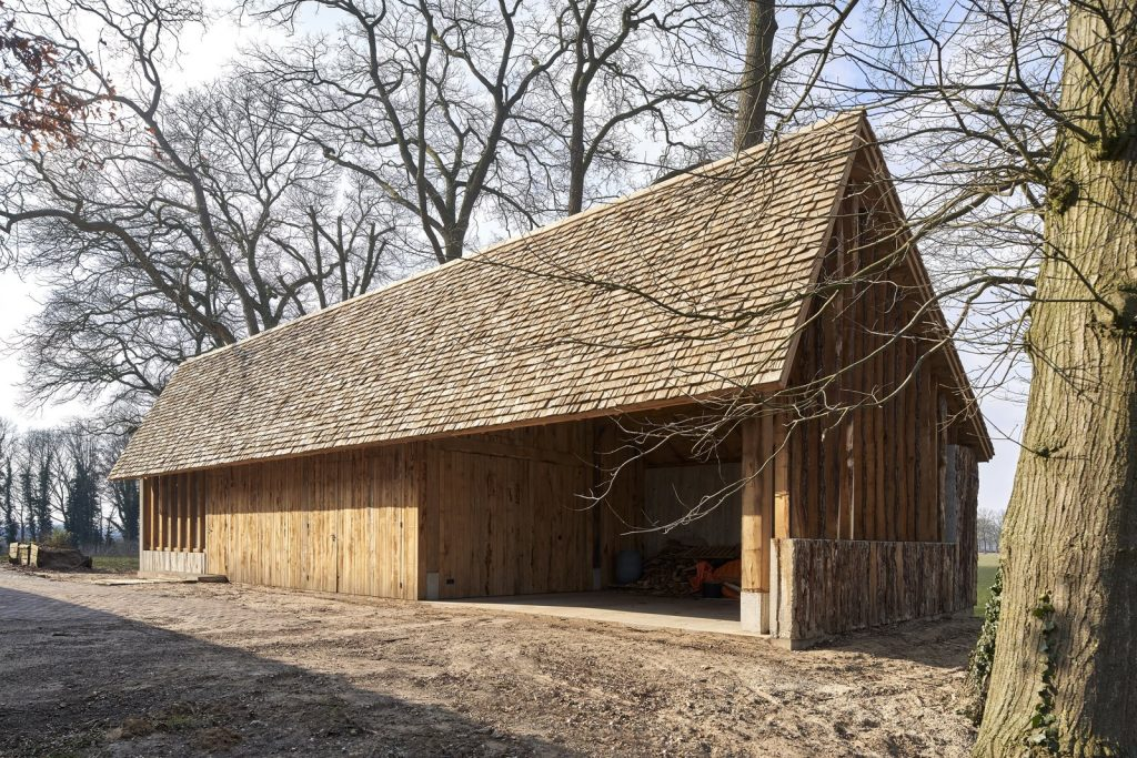 dom drewno i beton_3