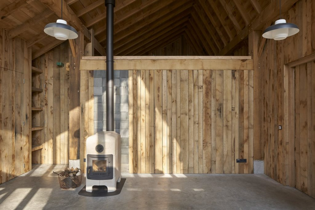 dom drewno i beton_7